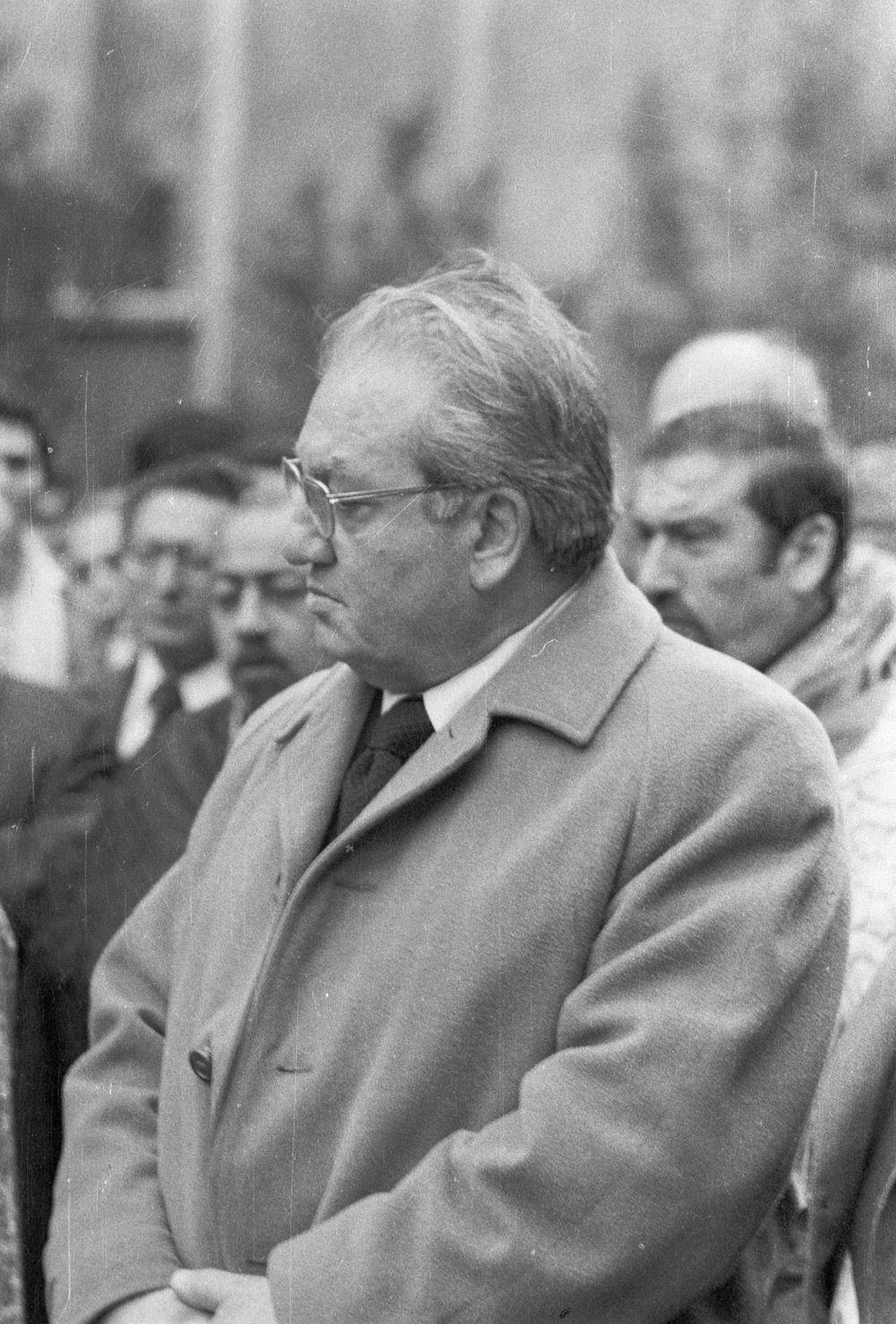 coll-vheloyan-defile-24avril1976-0007 - Année: 1976